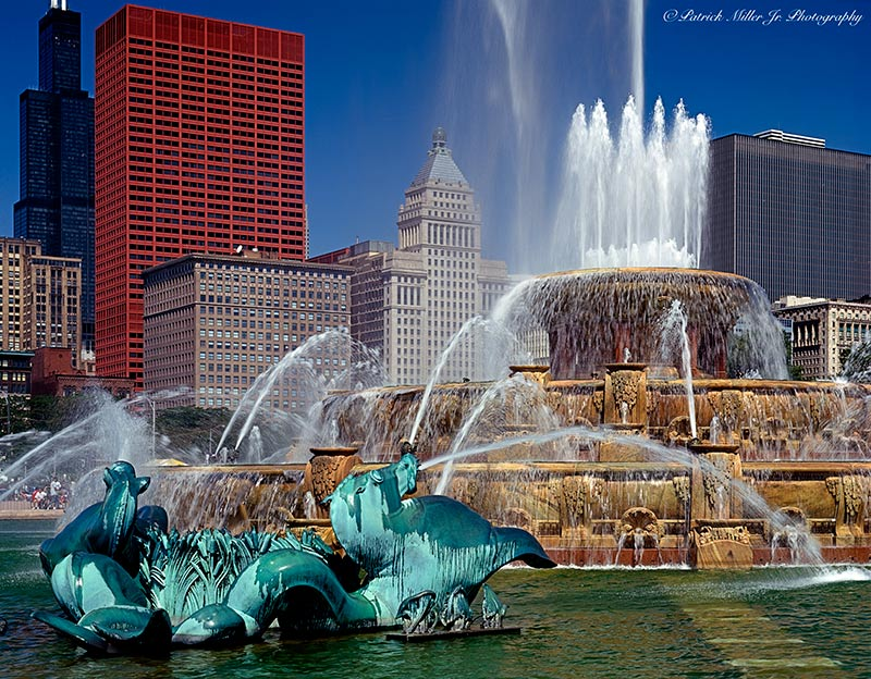 Buckingham Water Fountain with architecture Chicago Illinois