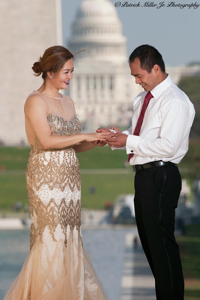 Proposing at the Lincoln Memorial Washington, DC