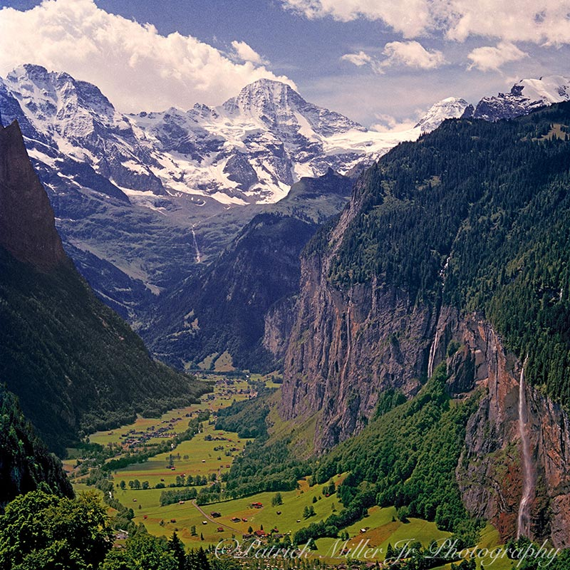 Jungfrau Mountain Valley Lauterbrunne Switzerland